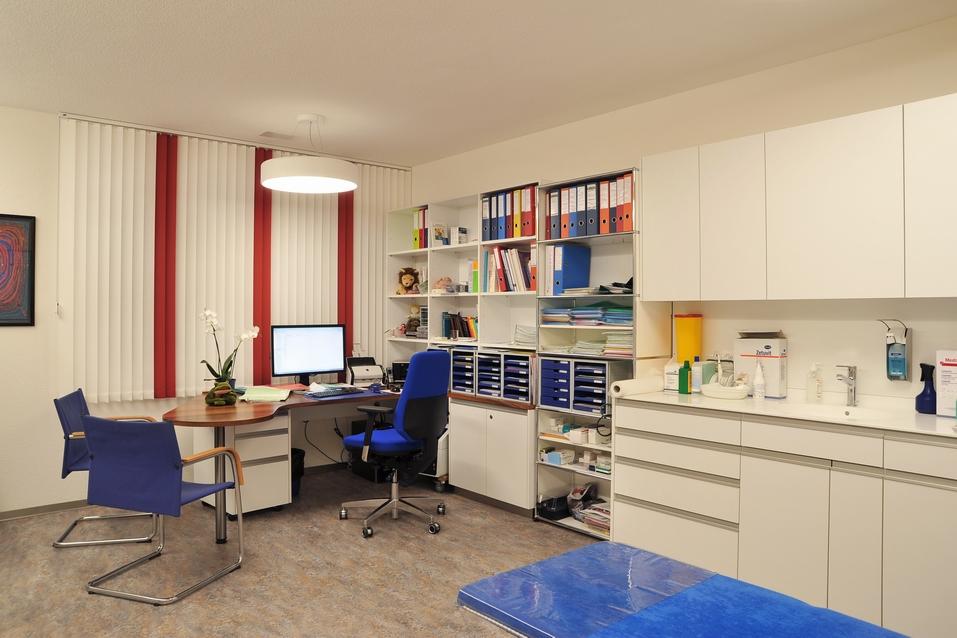 Aerztehaus-Balsthal-Behandlungsraum-Calame